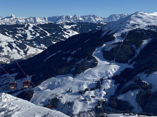 Skicircus Saalbach Hinterglemm Leogang Fieberbrunn - Perfekte Bedingungen im Januar  - © Alex MB