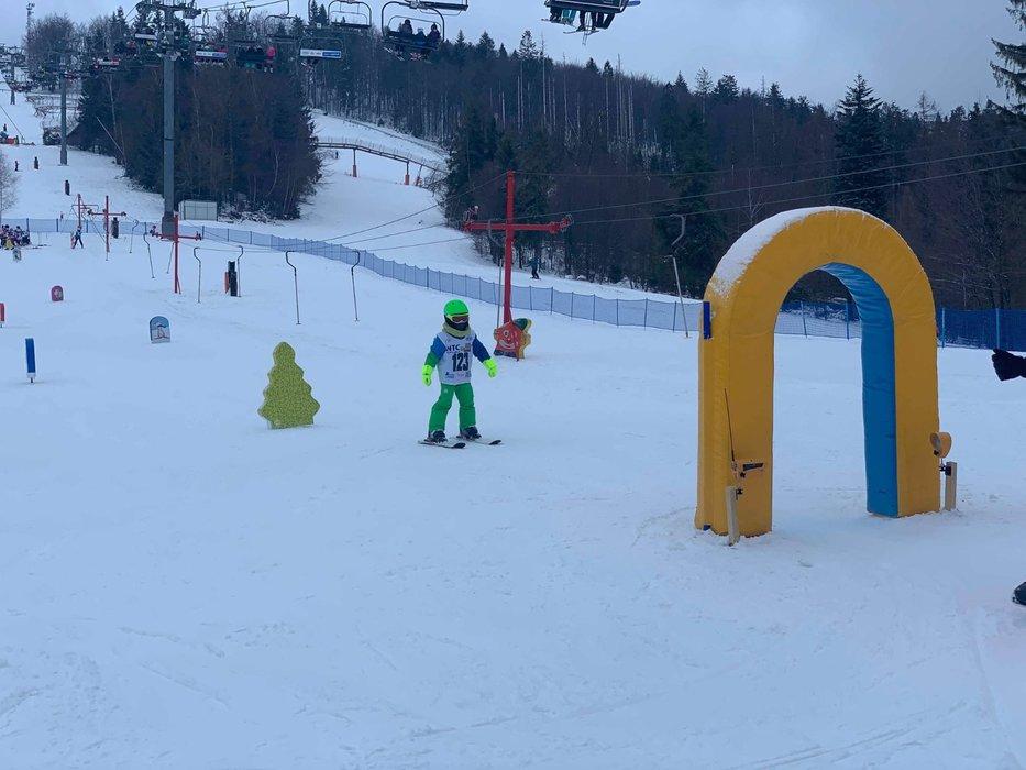Veľmi dobré snehové podmienky a veľa zábavy v Snowparadise Veľká Rača - © Snowparadise Veľká Rača Oščadnica