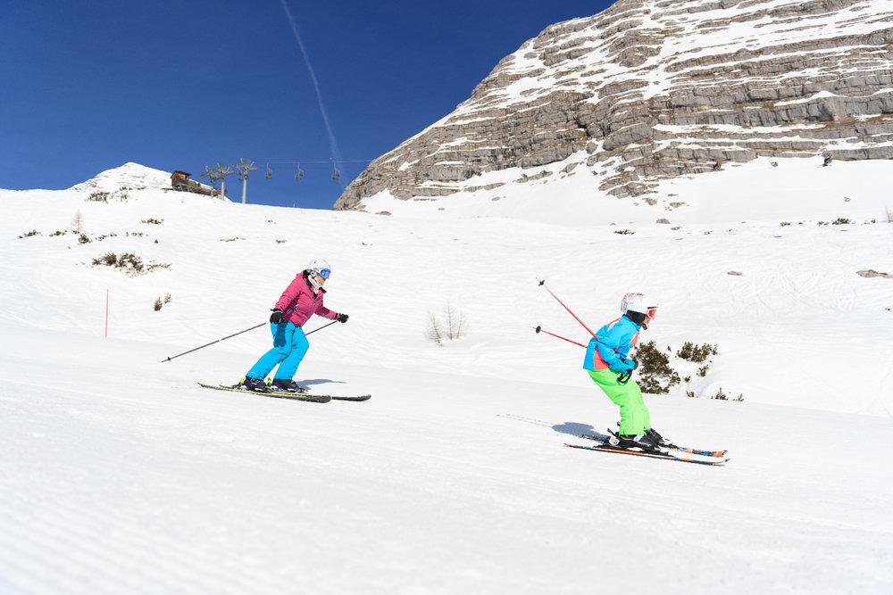 Skifahren auf der Wurzeralm - © HIWU_Hinterramskogler
