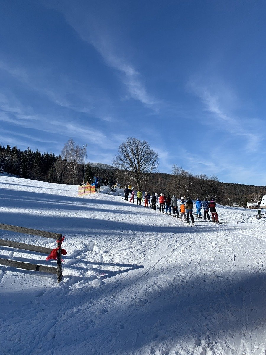 Skijőring on the slopes - © facebook | Skipark Filipovice