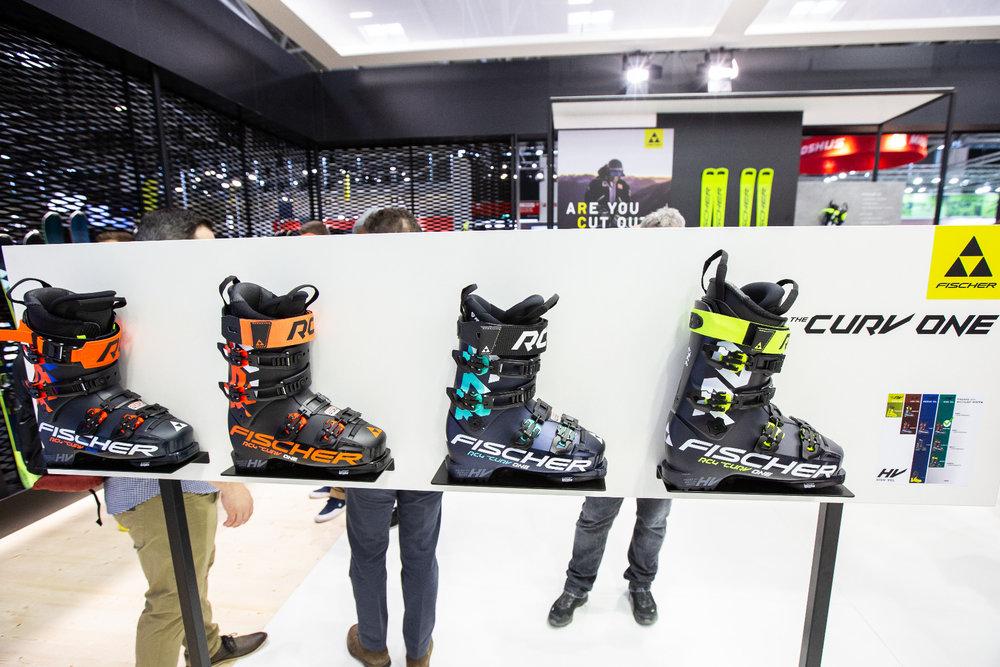 Fischer Curv One sú lyžiarske topánky sezóny 2020/2021! - © Skiinfo