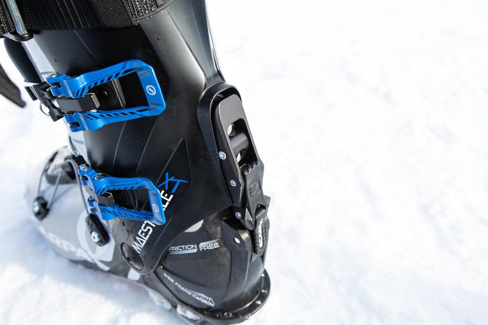 Verschlossener Ski/Walk-Mechanismus beim SCARPA Maestrale XT - © Skiinfo