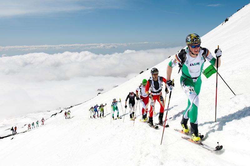 Josef Rottmoser beim Weltcup der Skibergsteiger am Ätna - © Stephan Mantler