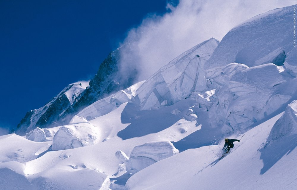 Freeriding on Grands Montets, Chamonix - © Chamonix Tourism