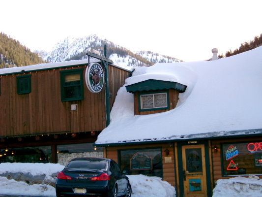 The iconic Silver Fork Lodge & Restaurant in Big Cottonwood Canyon - ©Silver Fork Lodge & Restaurant