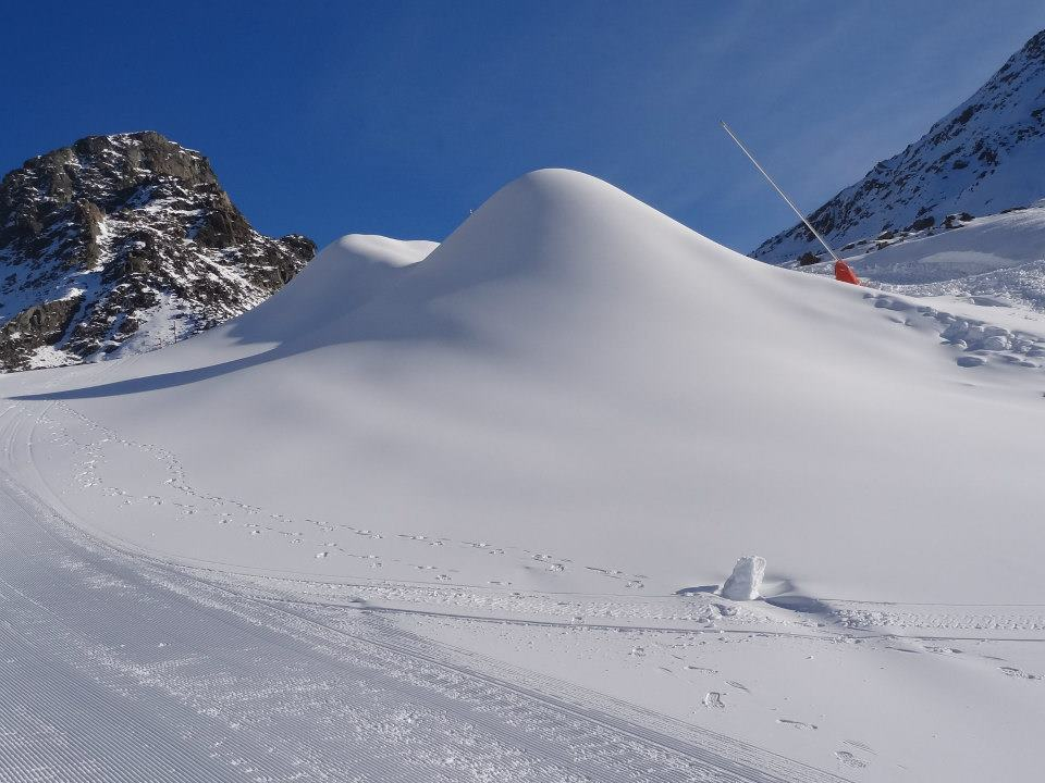 Powder on Iscghl's slopes. Photo taken Nov. 20, 2012 - © Ischgl
