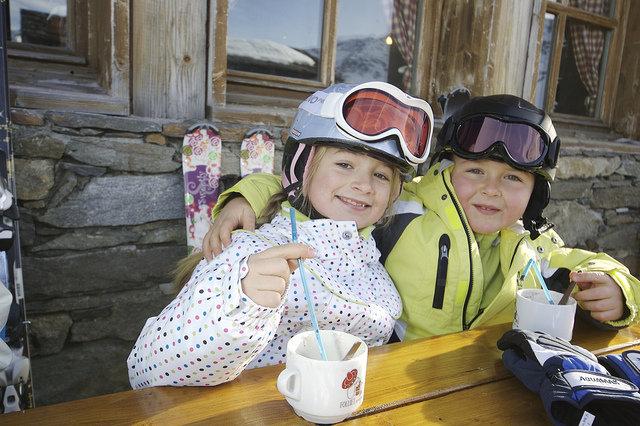 Souvenez-vous, le ski doit demeurer source de plaisirs pour vos enfants... - © OT Val Thorens-JP Baralophoto.com