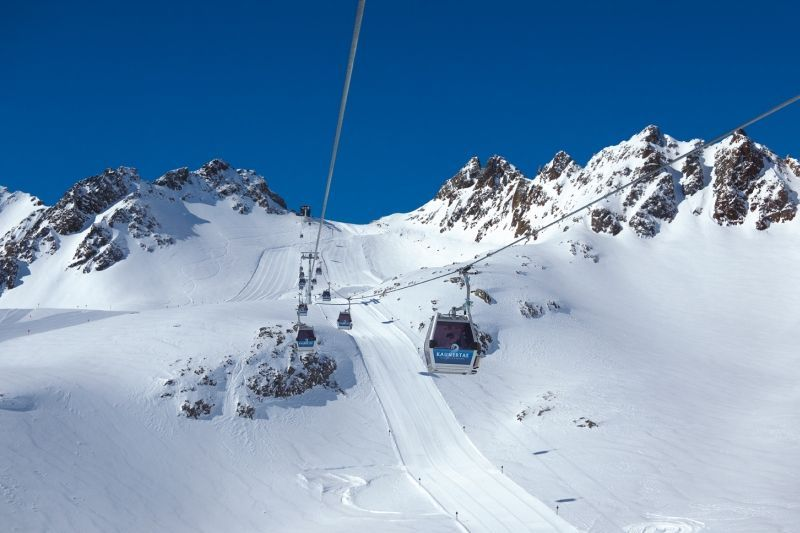 Karlesjochbahn gondola on the Kaunertaler glacier opens tomorrow