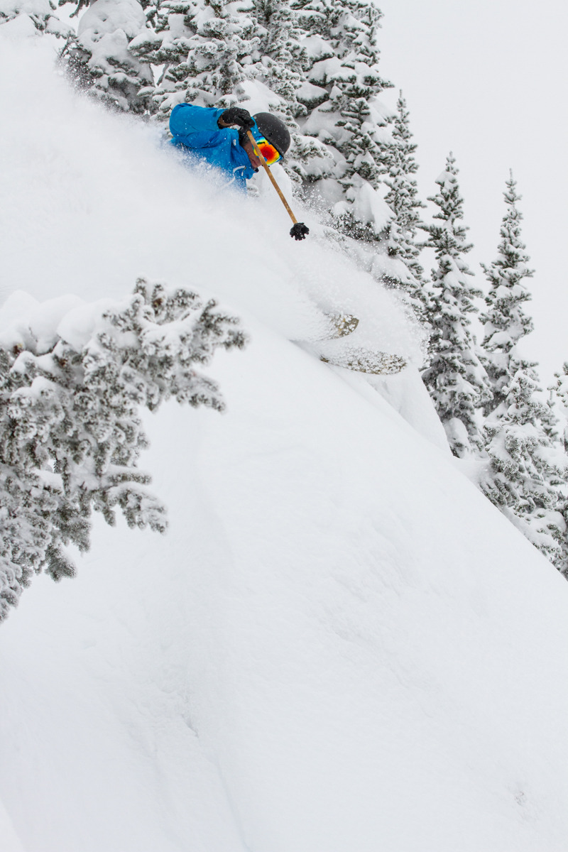 Drew Tabke popping some pillows - © Liam Doran
