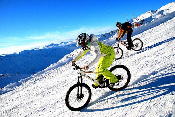 VTT sur neige - © OT de Val Thorens