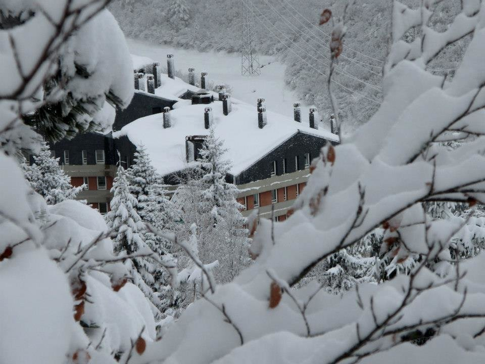 Baqueira Beret, Spain Jan. 18, 2013. Resort gets most snow in four days for 10 years (2.5m at 1800m) - © Baqueira Beret