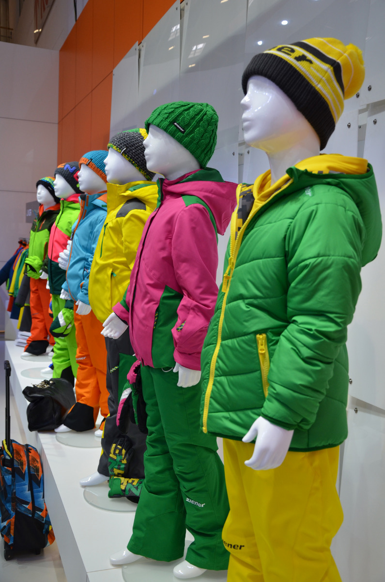 Ziener's new children's collection features bright colours - © Skiinfo