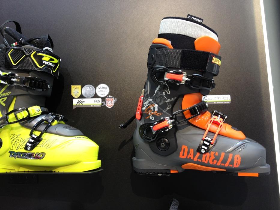 Dalbello støvler med federe grafik.. - © Jeppe Hansen / Skiinfo.dk