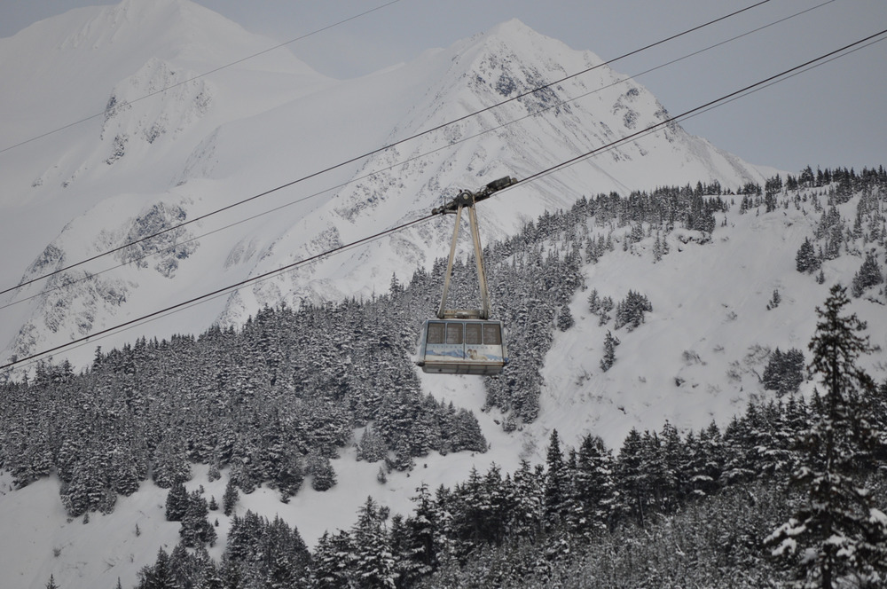 Temporary tram and counterweight at Alyeska. Photo courtesy of Alyeska Resort.