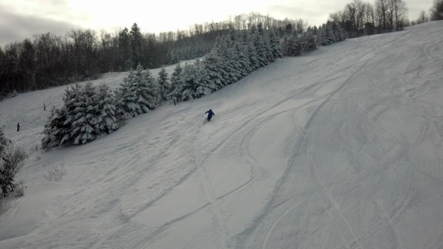 Fresh powder turns at Blackjack Ski Resort. - © Blackjack Ski Resort