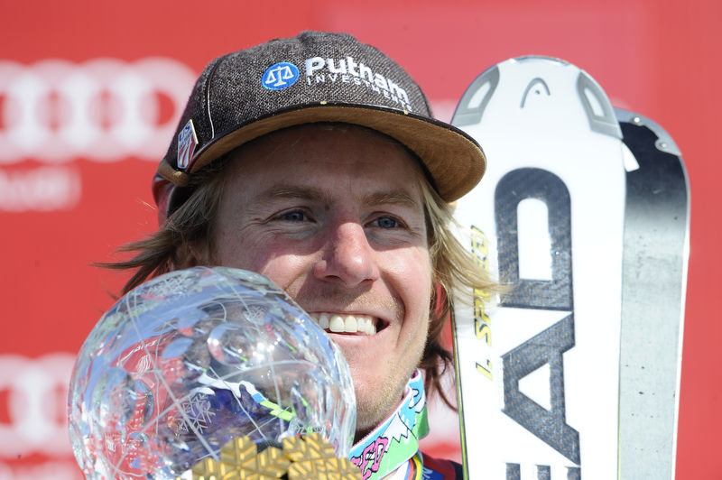 Ted Ligety bei der Siegerehrung für den Riesenslalom - © Alain Grosclaude/AGENCE ZOOM