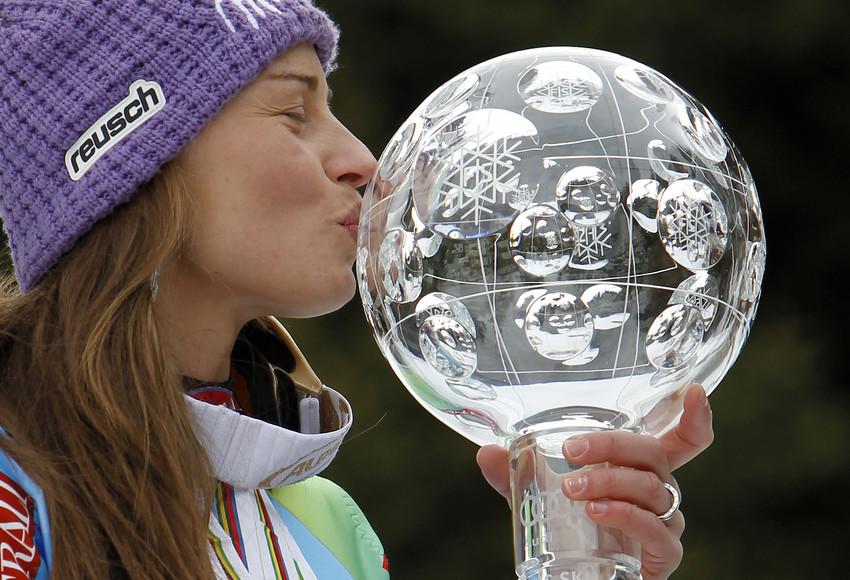 Am Ziel der Wünsche: Tina Maze gewinnt den Gesamtweltcup 2012/13 - © Alexis Boichard/AGENCE ZOOM