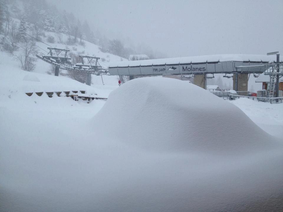Masser af sne, her Praloup