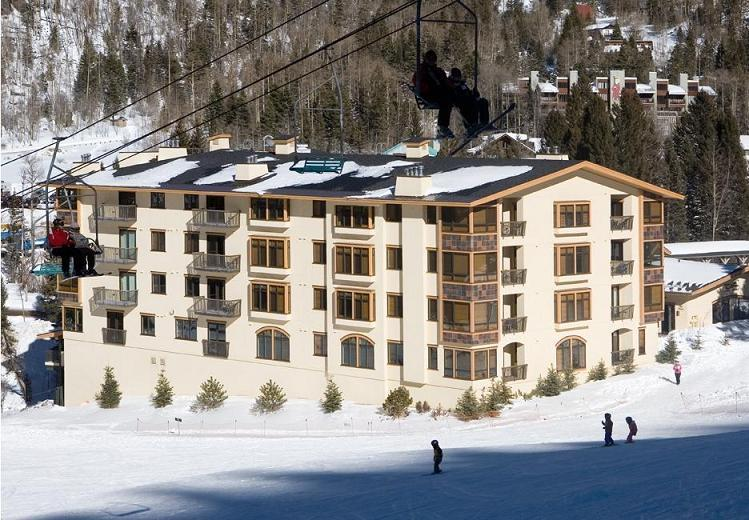 Exterior view of the Edelweiss Lodge & Spa from the Strawberry Hill. - © Edelweiss Lodge & Spa