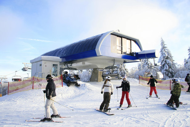 Sechsersessellift im Skiliftkarussell Winterberg