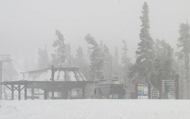 West Coast Ski Resort Deals & News Thanksgiving Week- ©Heavenly Ski Resort