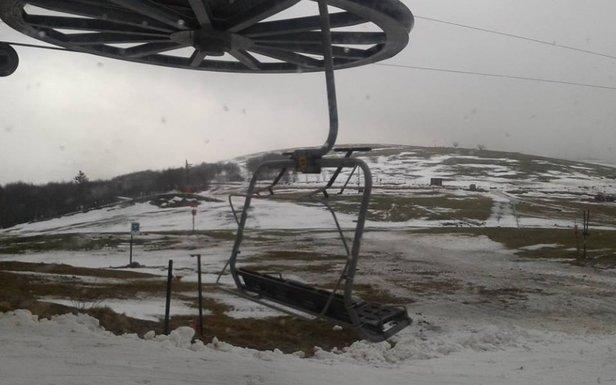 Manque de neige, pluie, redoux... en ce début de saison rien n'est épargné aux stations du massif des Vosges...