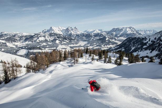 Kitzbühel - Sporting Social Highlight of the Alpine Winter.- ©Sporting Social Highlight of the Alpine Winter.