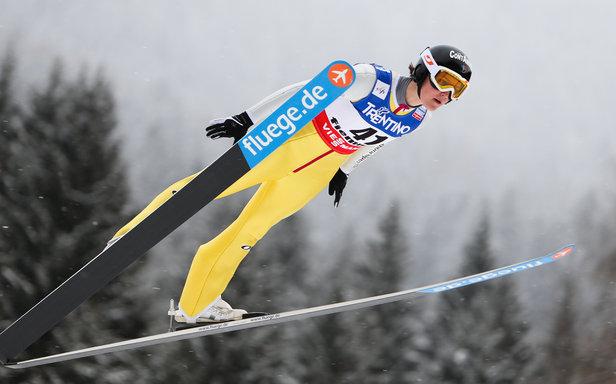 Coline Mattel, originaire des Contamines, tentera de décrocher une médaille olympique à Sochi en saut à ski...