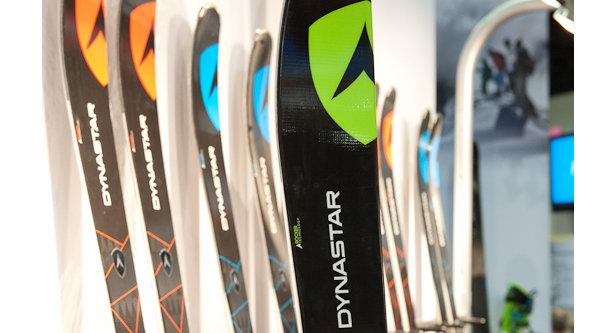 Découvrez sans plus attendre les nouveaux skis Dynastar pour la saion 2014/2015 (dont les prometteurs Powertrack 89)...