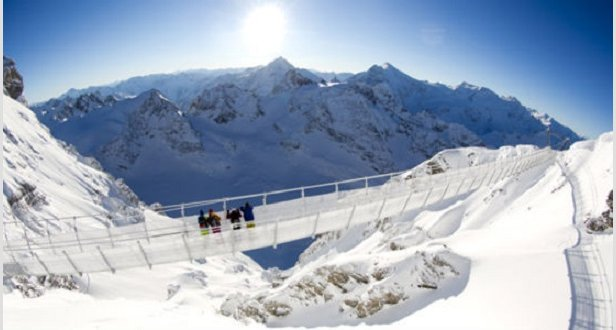 Titlis Cliff Walk  - © Titlis.ch