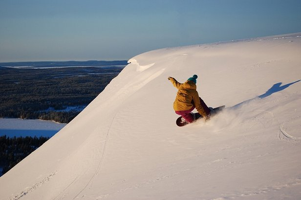 Sunny skies and powder conditions in Ruka, Finland  - © Ruka Tourism