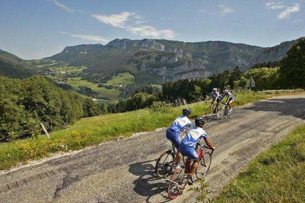 Le Vercors, ses itinéraires VTT, ses routes sinueuses propices à la pratique du vélo...