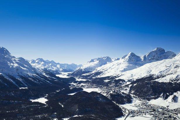 Raport śniegowy: znów śnieżny front na południu Alp, kolejne ośrodki otwierają sezon ©swiss-image.ch/Daniel Martinek
