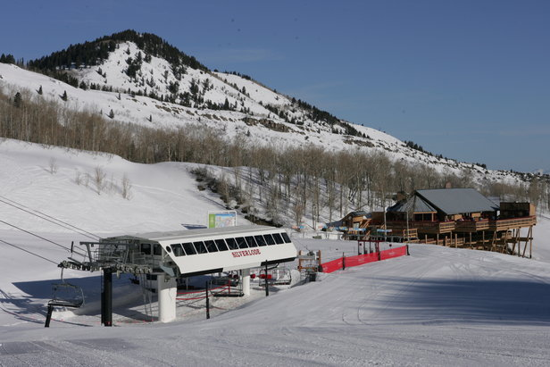 At Park City, the new Interconnect Gondola station will be installed near the Silverlode lift and the new Snow Hut Restaurant.  - © Park City Mountain Resort