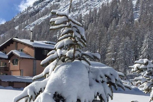 Raport śniegowy: zima przyszła i zostanie dłużej, warunki narciarskie w wielu rejonach bardzo dobre