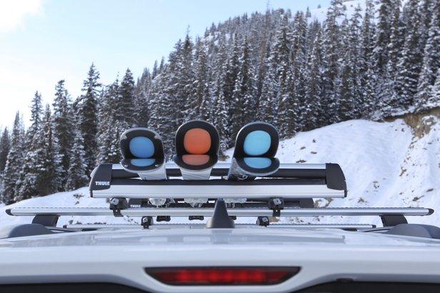 On-the-Road Opinion: Thule 6-Ski Roof Rack- ©Nick Jones