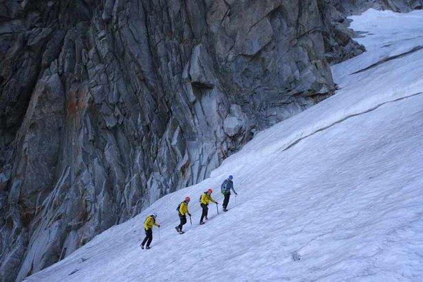 Klettergurt Für Hochtouren : Edelrid jester comfort klettersteigset mit klettergurt bergsport