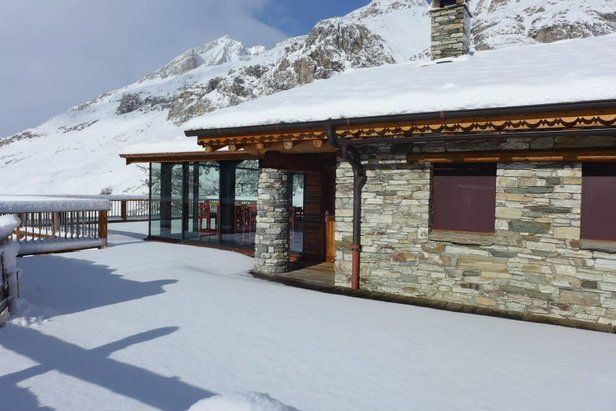 Chalet L'Edelweiss in Val d'Isere serves traditional French food  - © Chalet L'Edelweiss