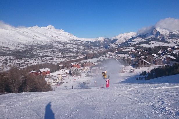A la Joue du Loup comme à Superdevoluy, les conditions de ski sont enfin au rendez-vous : neige frâiche et soleil...