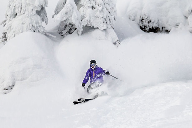 Infographic: Deep Pow in the West Makes for Stellar Holiday Skiing- ©Whitefish Mountain Resort