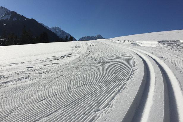 Snehové správy  Veľa nového snehu v severných Alpách eb5d96db5ed