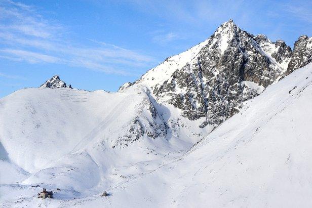 V utorok sa lyžuje už aj z Lomnického sedla ©archív TMR
