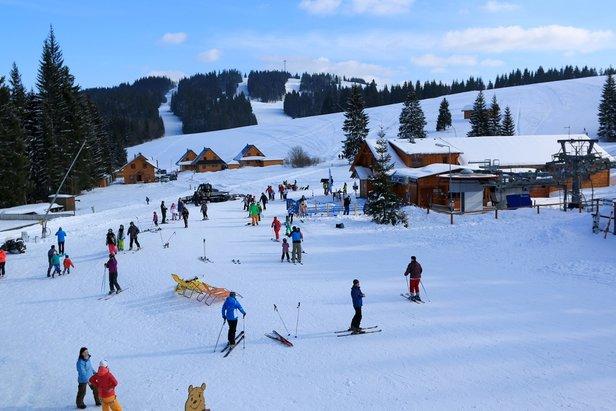 Príjemná rodinná lyžovačka v srdci oravskej prírody