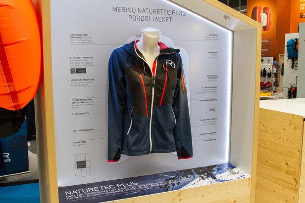 Die neue Pordoi-Jacket von Ortovox ist elastisch und robust. Innen sorgt das Futter aus FEINSTER MERINOWOLLE für die Komfortgrundlage, ehe die neue C_CHANGE TM MEMBRAN von Schoeller ins Spiel kommt.