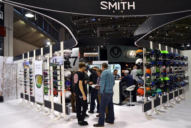 Am Stand von Smith Optics