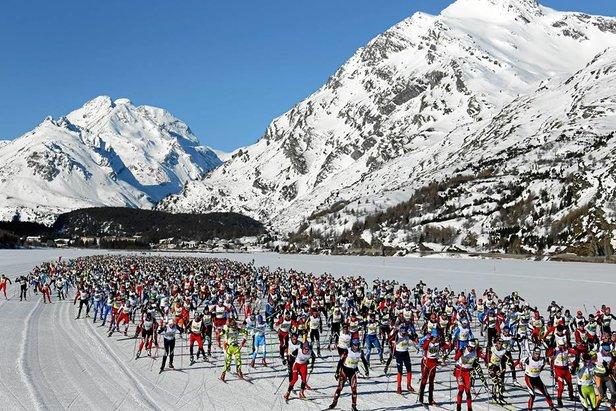 Preparing to cross-country ski in Engadin St. Moritz  - © Engadin St. Moritz