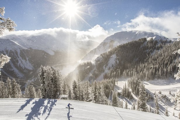 Goggle Tan Ski Resorts: 4 Bright Ideas- ©Taos Ski Valley