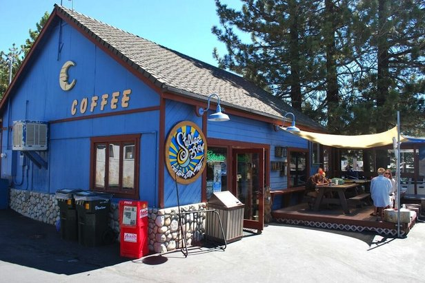 Fuel your next adventure with breakfast and lunch options at Stellar Brew.  - ©Lara Kaylor