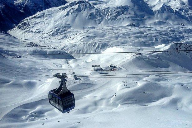 Najpopularniejsze ośrodki narciarskie na świecie - raportTomasz Wojciechowski