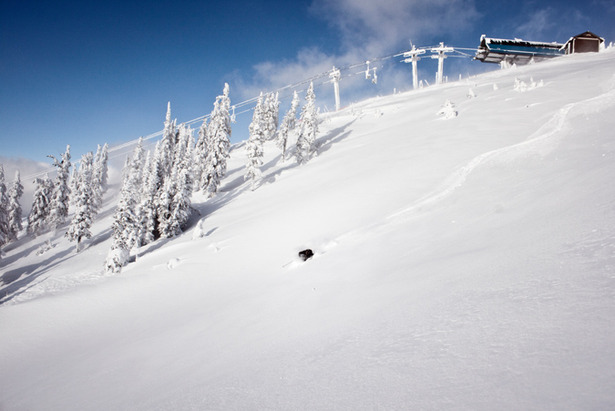 Revelstoke Opening Early With Nearly 2m Of Fresh Snow